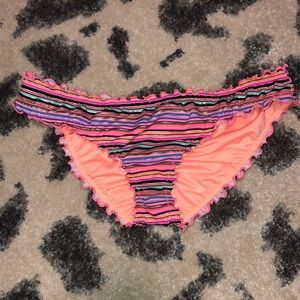 VS Ruffle Swim Bottom